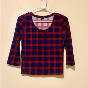 Cropped Fall shirt
